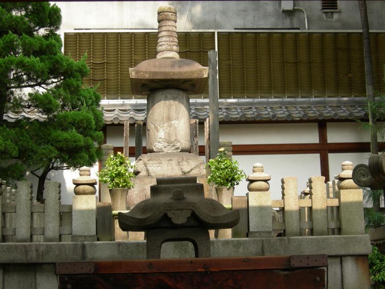 戦国の城と城跡 ・ 京都、本能寺址 (四) 信長、最後の抵抗を ...